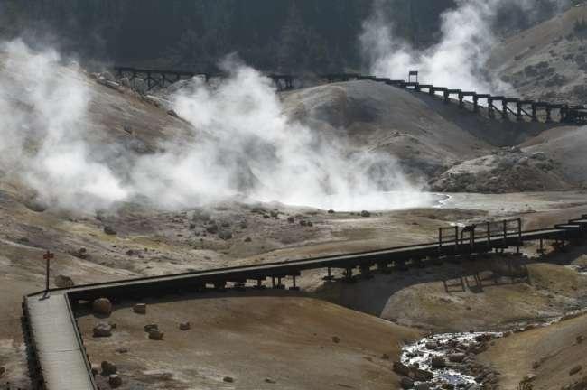 Thermal vents at Bumpass Hell, Lassen Volcanic National Park, Mount Lassen, California, USA