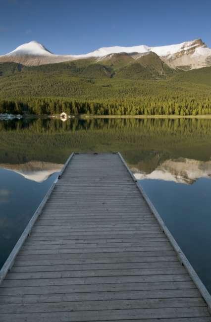 View from the lakeshore of Maligne Lake, Jasper National Park, Jasper Canada