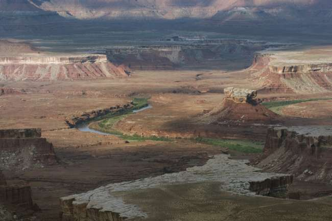 View from the canyon rim, Island in the sky district, Canyonlands National Park, Utah, USA