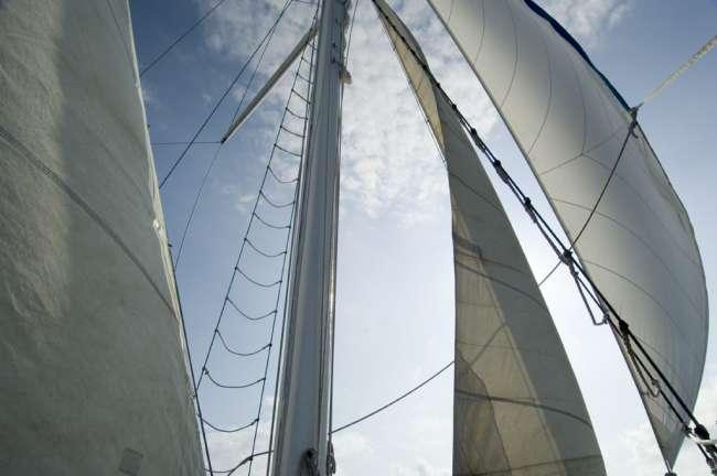 The Diamante, 96' motor-sailer, sailboat, Galapagos National Park, Ecuador